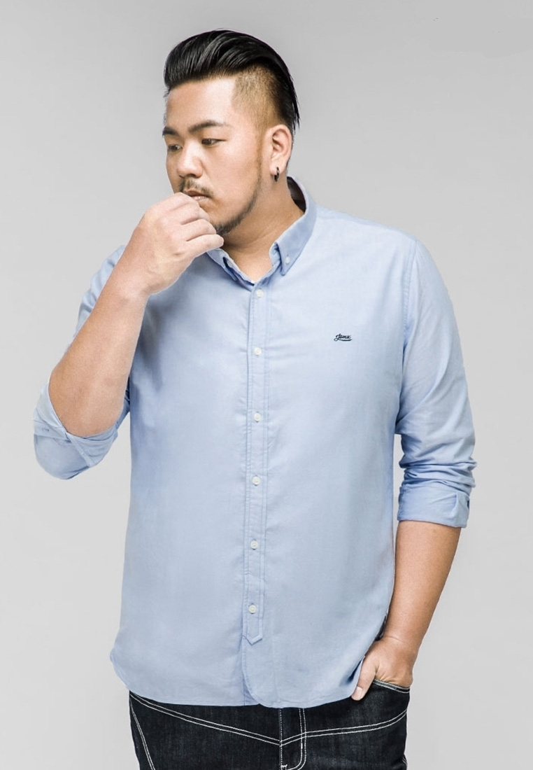 Front view of plus-size men's shirt with long sleeves in light blue color.