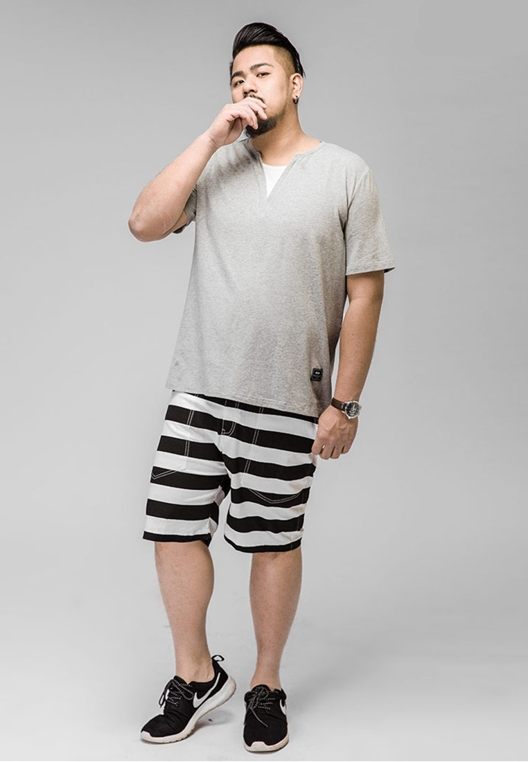 big and tall clothing King Size Direct has been specializing in big and tall clothing for more than 60 years. As experts in hard-to-find fashion, we have all the basics and essentials you'll ever need, like tees, jeans, and hoodies.