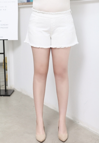 Picture of Elastic Waist Plus Size Shorts